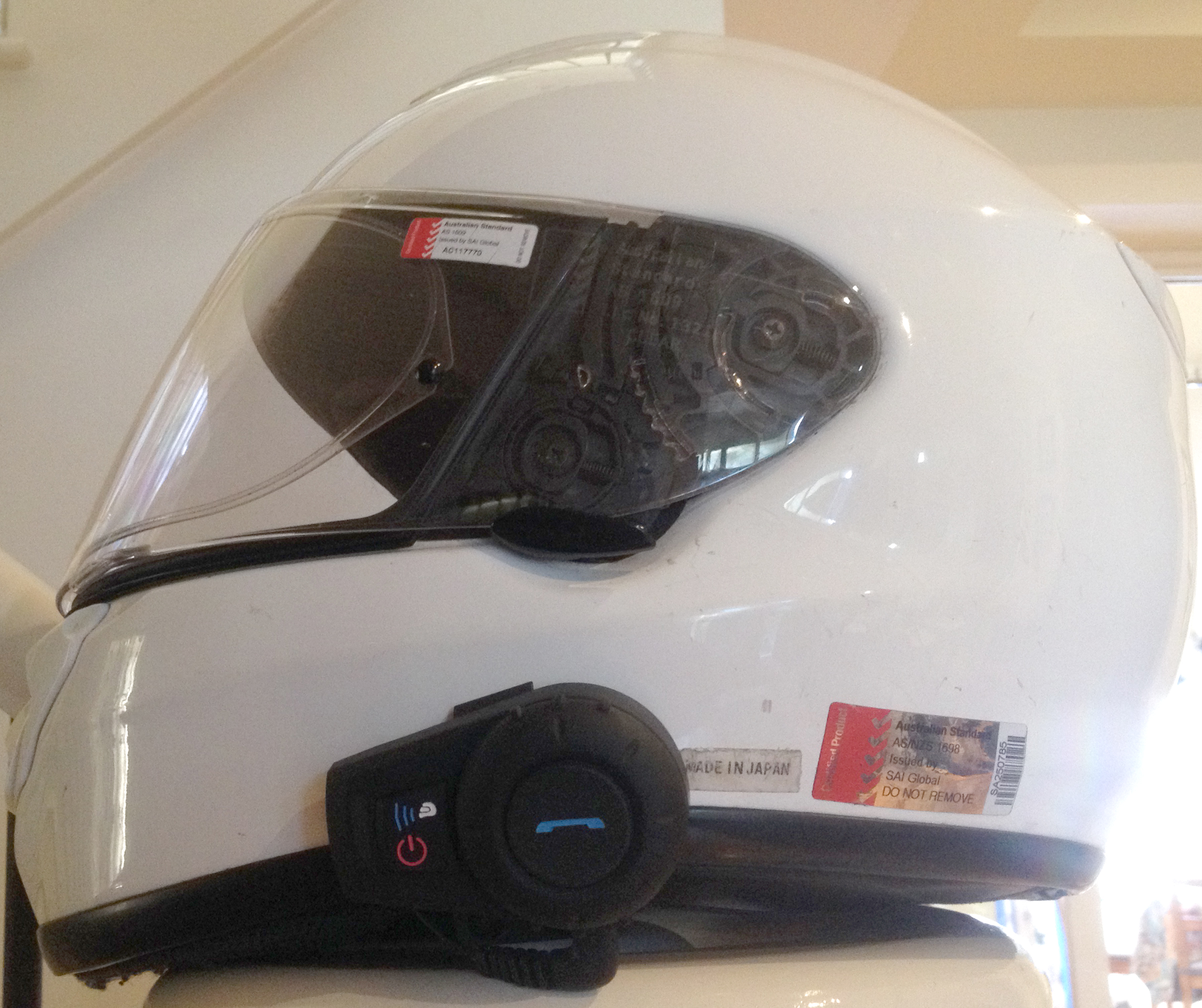 review cocoon bluetooth motorcycle helmet kit aldi. Black Bedroom Furniture Sets. Home Design Ideas